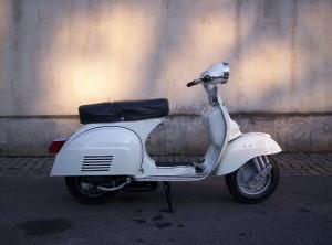 Scooter_Piaggio_Vespa_125-TS