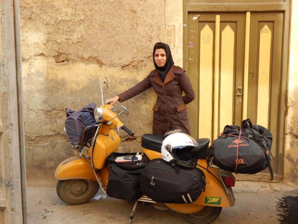 141123 Isfahan con Teresa Alex e Veronica (5) (2304 x 1728)